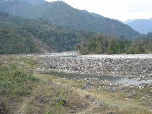 A_Near_Stagnant_Ranganadi_River_in_Arunachal_With_Flow_Highly_Impacted_due_to_Upstream_Ranganadi_Hydropower_Dam_DSC02060